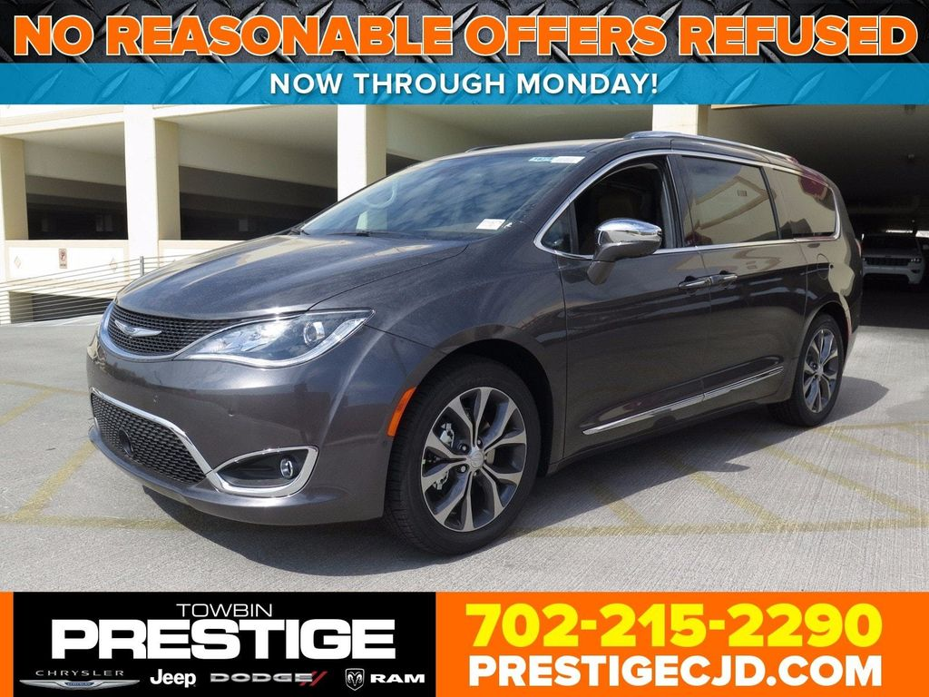 2017 Chrysler Pacifica Limited - 16731560 - 0