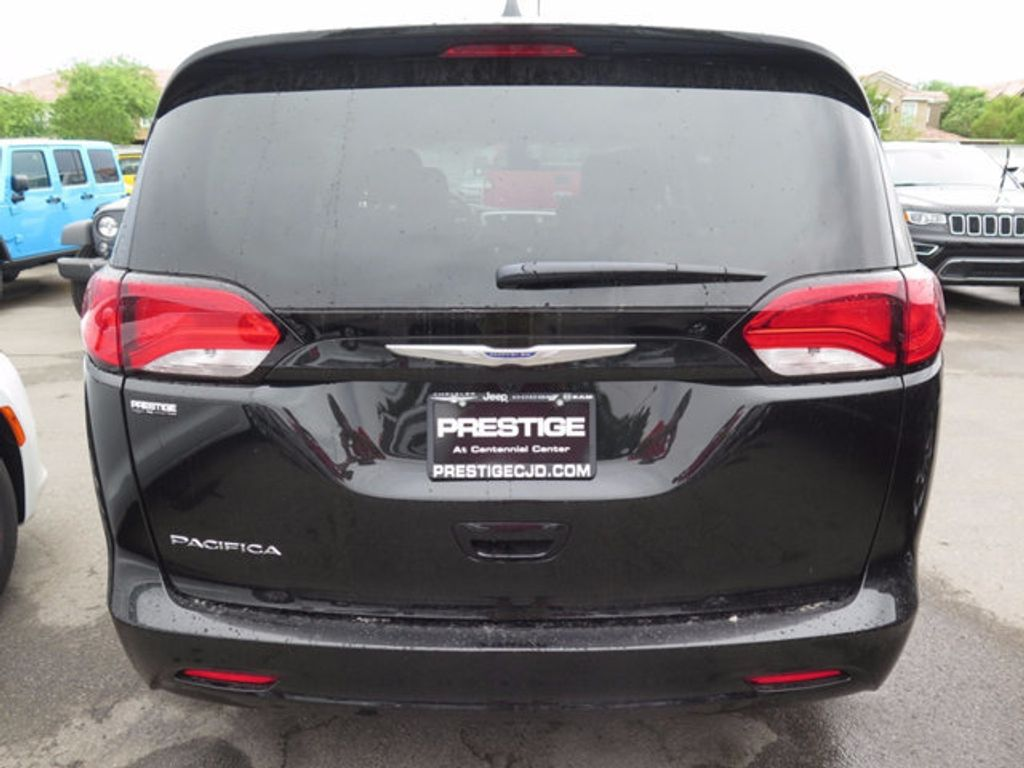 2017 Chrysler Pacifica Touring - 16731542 - 4