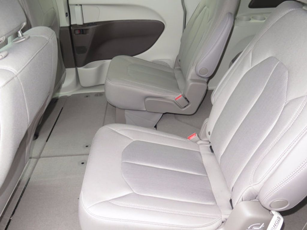 2017 Chrysler Pacifica Touring - 16731542 - 7