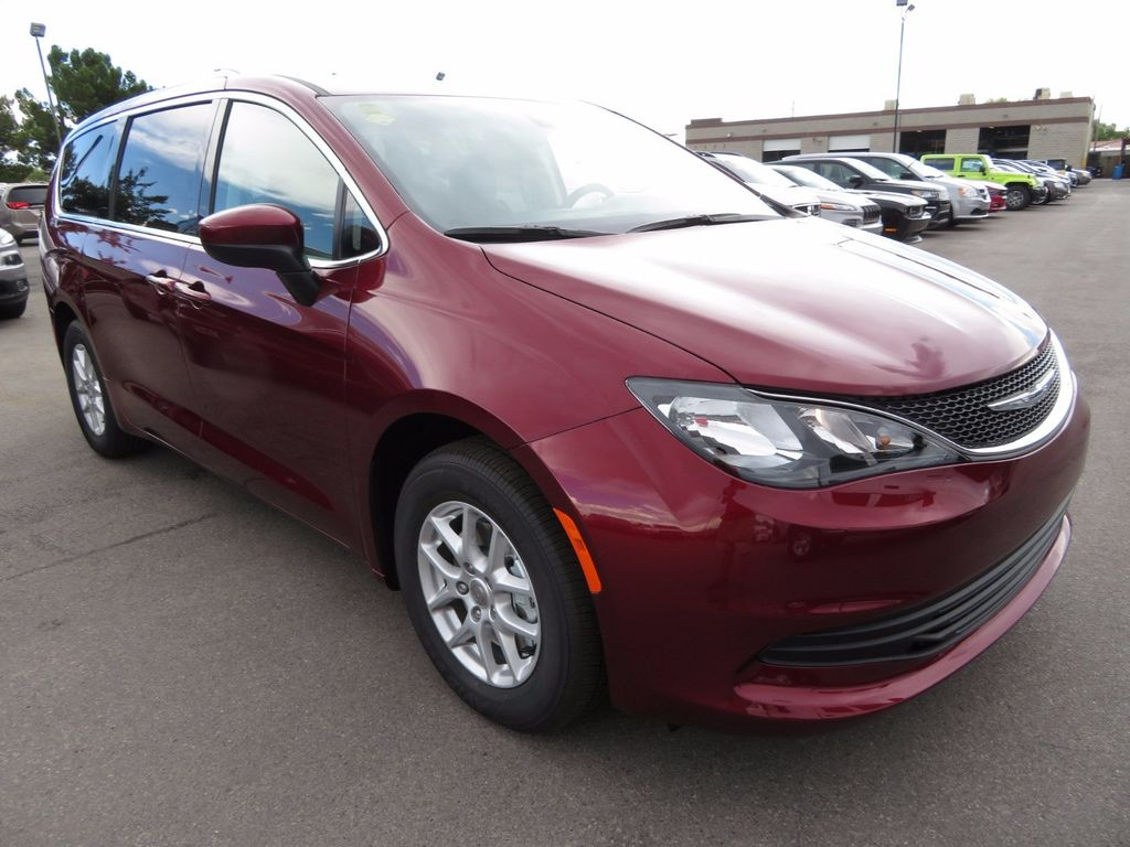 2017 Chrysler Pacifica Touring - 16731543 - 2