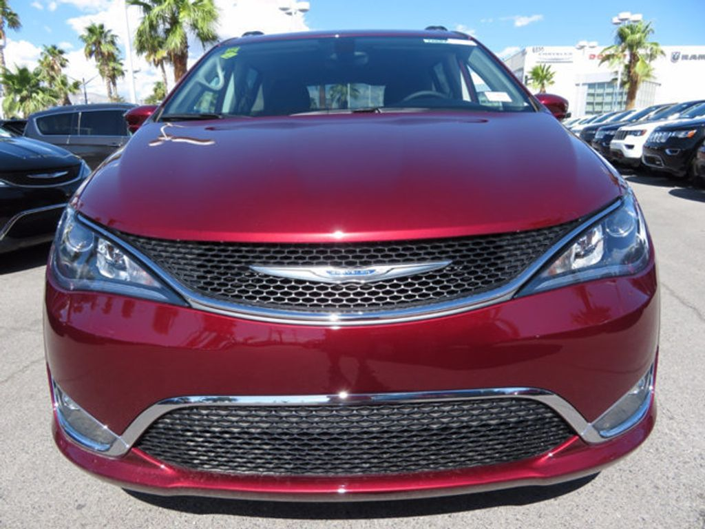 2017 Chrysler Pacifica Touring-L - 16731665 - 1