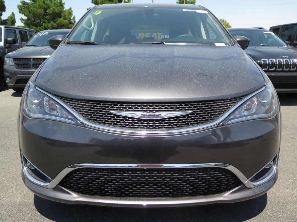 2017 Chrysler Pacifica Touring Plus FWD - 16731547 - 1