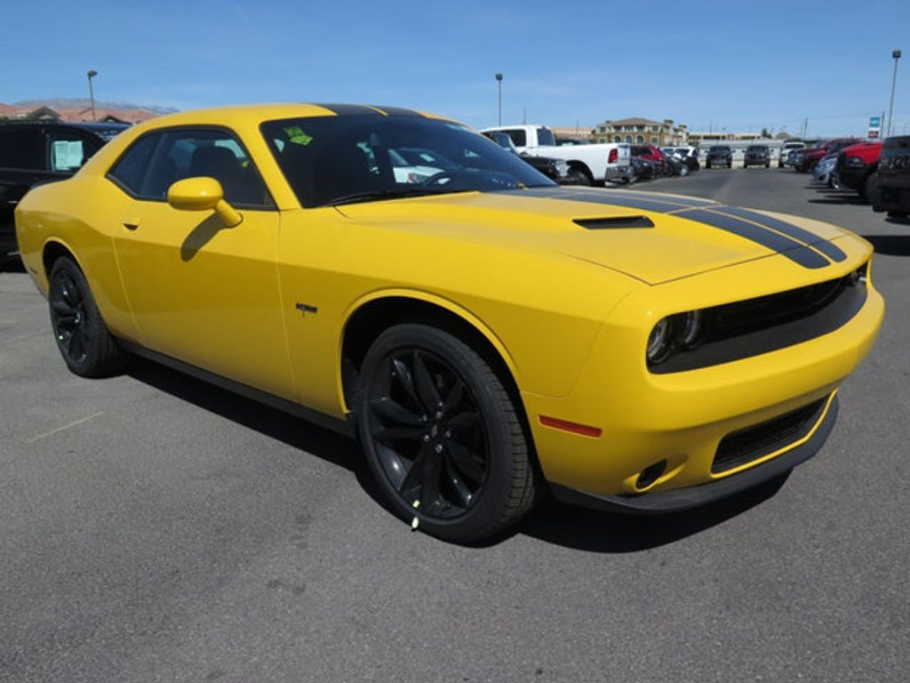 2017 Dodge Challenger R/T Coupe - 16731670 - 2