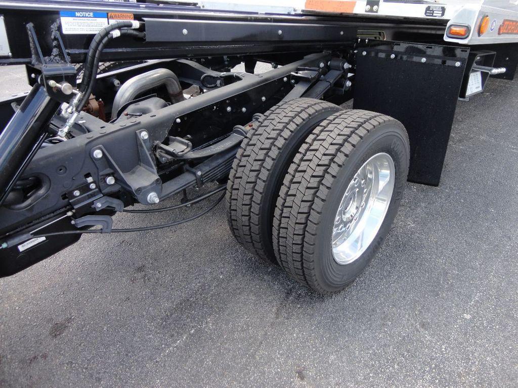 2017 Ford F550 4X2..ALUM WHEELS..20FT ALUM SHARK XLP.. JERRDAN - 17637492 - 17
