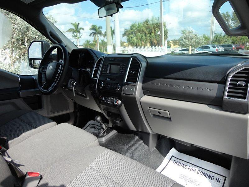 2017 Ford F550 XLT. 4X4 EXENTED CAB..JERR-DAN MPL40 WRECKER. - 16857879 - 23