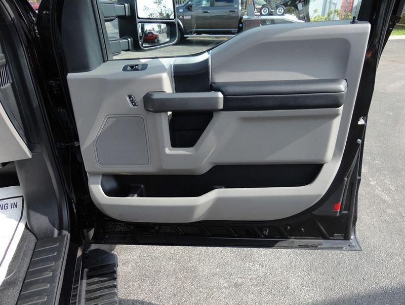 2017 Ford F550 XLT. 4X4 EXENTED CAB..JERR-DAN MPL40 WRECKER. - 16857879 - 24