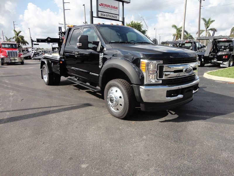 2017 Ford F550 XLT. 4X4 EXENTED CAB..JERR-DAN MPL40 WRECKER. - 16857879 - 32