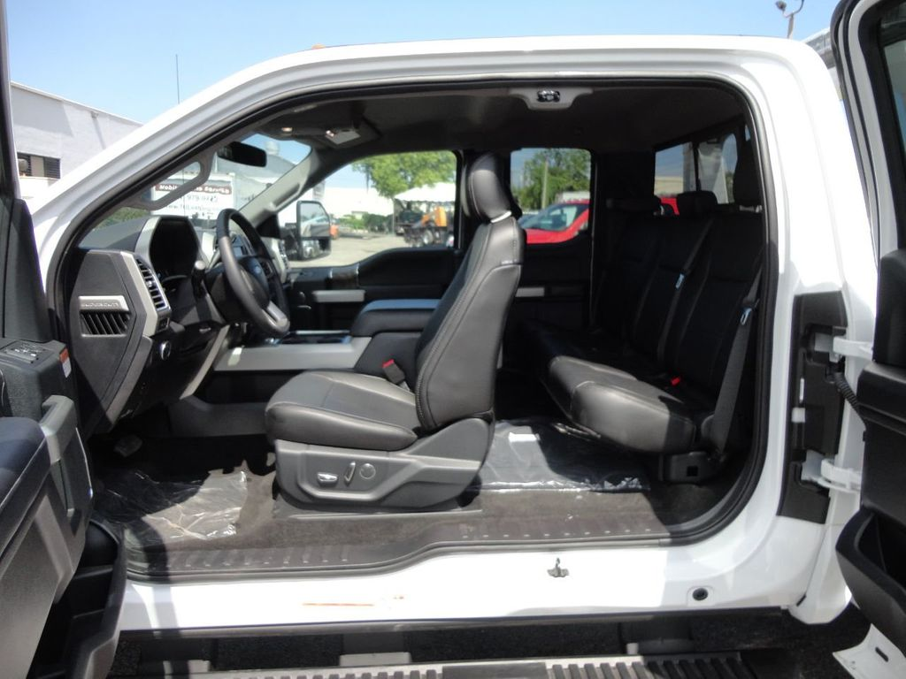 2017 Ford F550 XLT. LARIAT. 4X2 EXENTED CAB..JERRDAN MPL40 WRECKER TOW - 17644504 - 32