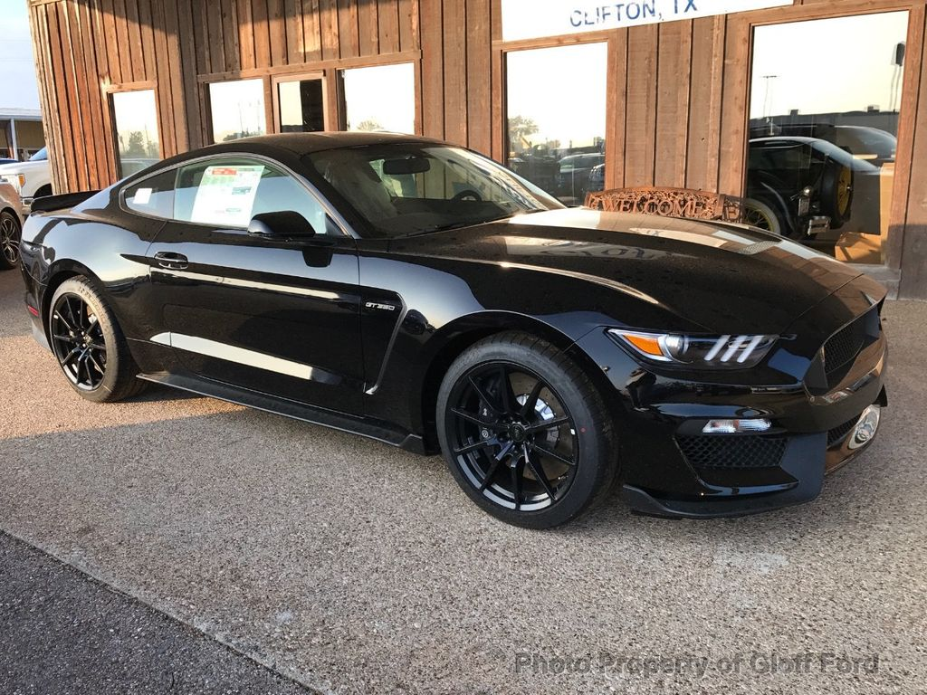 2017 Ford Mustang Shelby GT350 Fastback Coupe for Sale in Clifton
