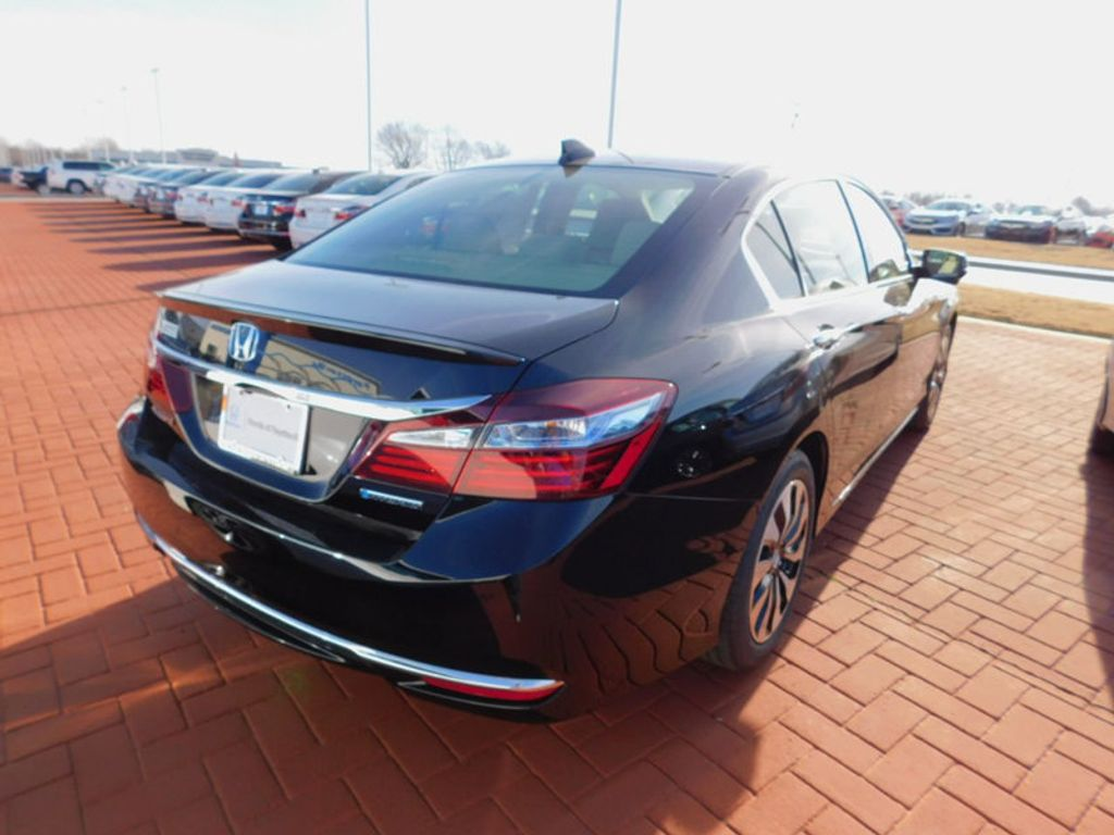 2017 Honda Accord Hybrid EX-L Sedan - 16037818 - 2