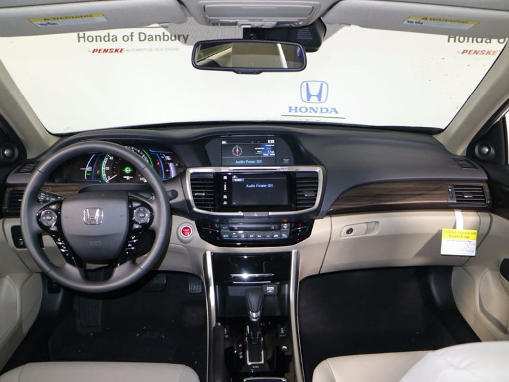 2017 Honda Accord Hybrid Sedan - 16927052 - 13