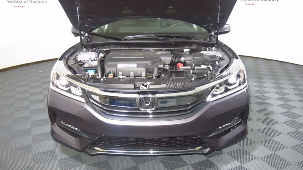 2017 Honda Accord Sedan EX-L V6 Automatic - 16817366 - 10