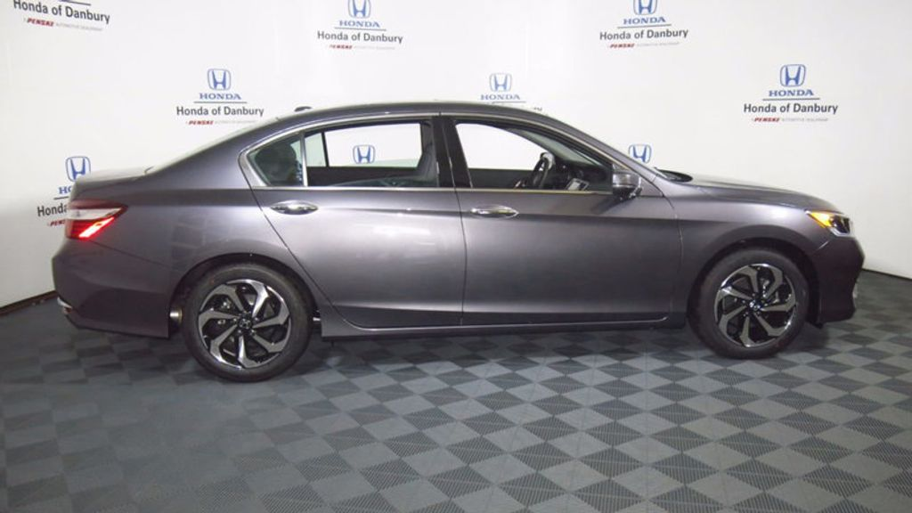 2017 Honda Accord Sedan EX-L V6 Automatic - 16817366 - 3