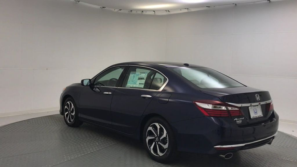 2017 Honda Accord Sedan EX-L V6 Automatic w/Navi & Honda Sensing - 16752902 - 5