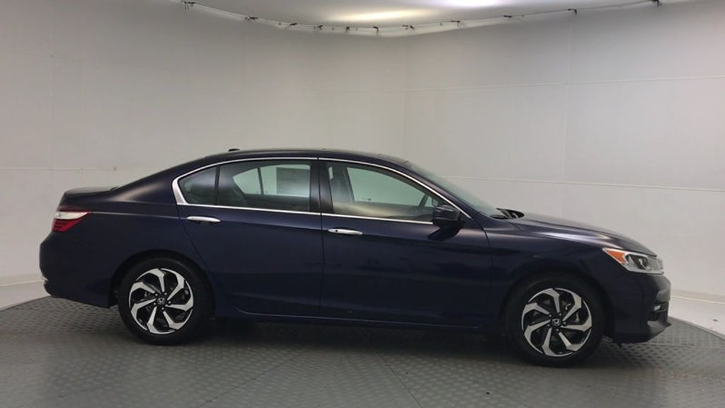 2017 Honda Accord Sedan EX-L V6 Automatic w/Navi & Honda Sensing - 16752902 - 8