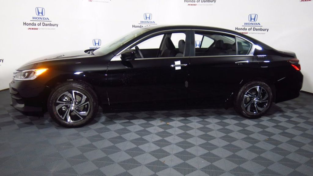 2017 Honda Accord Sedan LX CVT - 16823207 - 9