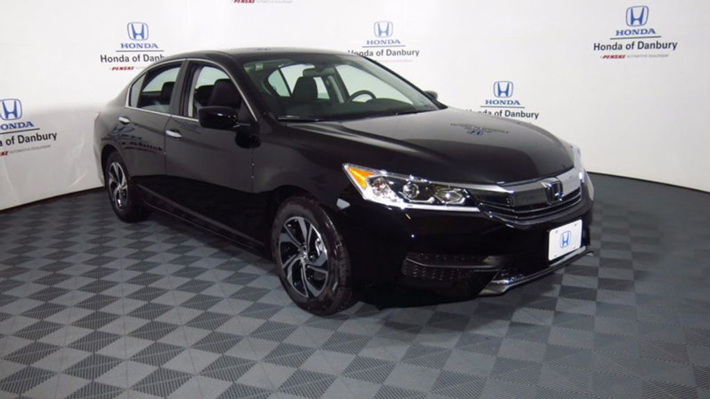 2017 Honda Accord Sedan LX CVT - 16823207 - 2