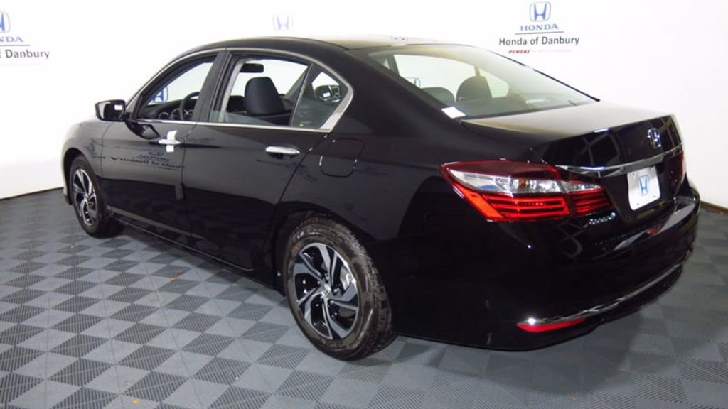 2017 Honda Accord Sedan LX CVT - 16823207 - 8