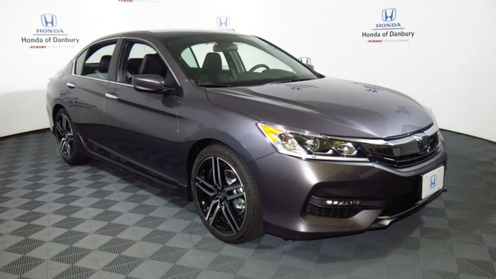 2017 Honda Accord Sedan Sport CVT - 16644469 - 2