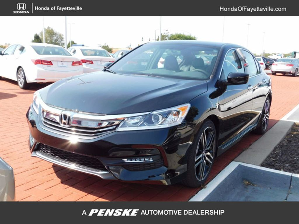 2017 Honda Accord Sedan Sport SE CVT - 16812718 - 0