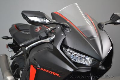 2017 Honda CBR1000RR ABS SAVE FOR NEXT ONE - Click to see full-size photo viewer