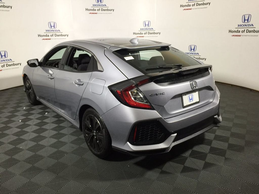2017 Honda Civic Hatchback EX CVT - 16712819 - 4