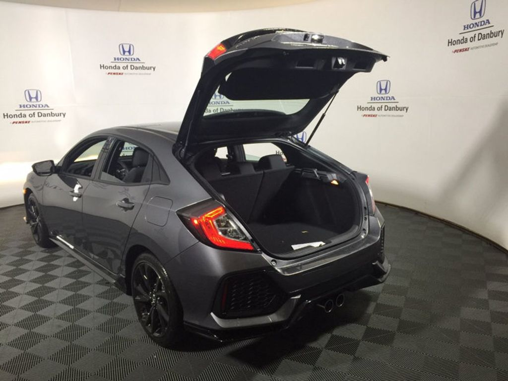 2017 Honda Civic Hatchback Sport Manual - 16574654 - 5