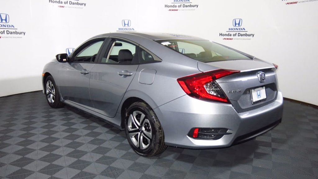 2017 Honda Civic Sedan LX CVT - 16406799 - 10