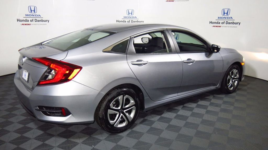 2017 Honda Civic Sedan LX CVT - 16406799 - 6