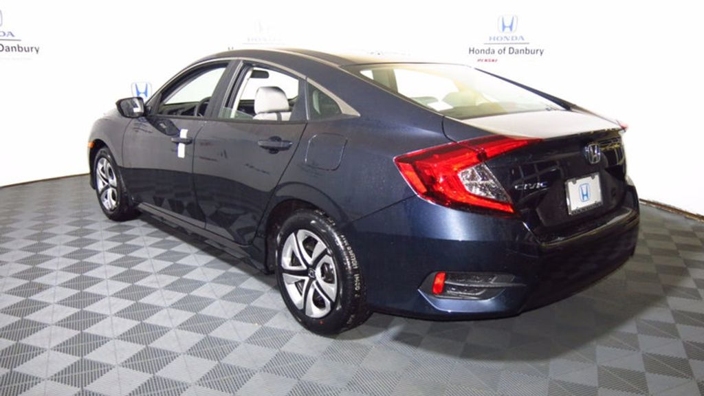 2017 Honda Civic Sedan LX CVT - 16583454 - 12