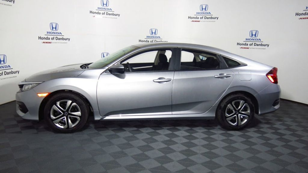 2017 Honda Civic Sedan LX CVT - 16625413 - 11