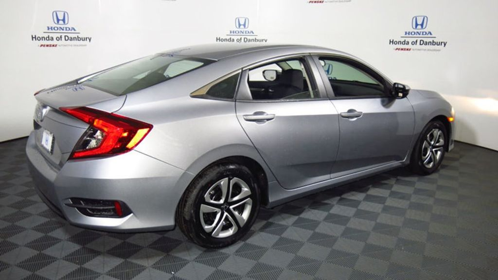 2017 Honda Civic Sedan LX CVT - 16625413 - 6