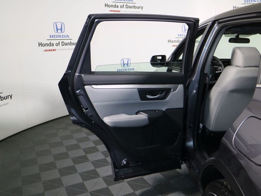 2017 Honda CR-V LX AWD - 16716498 - 11