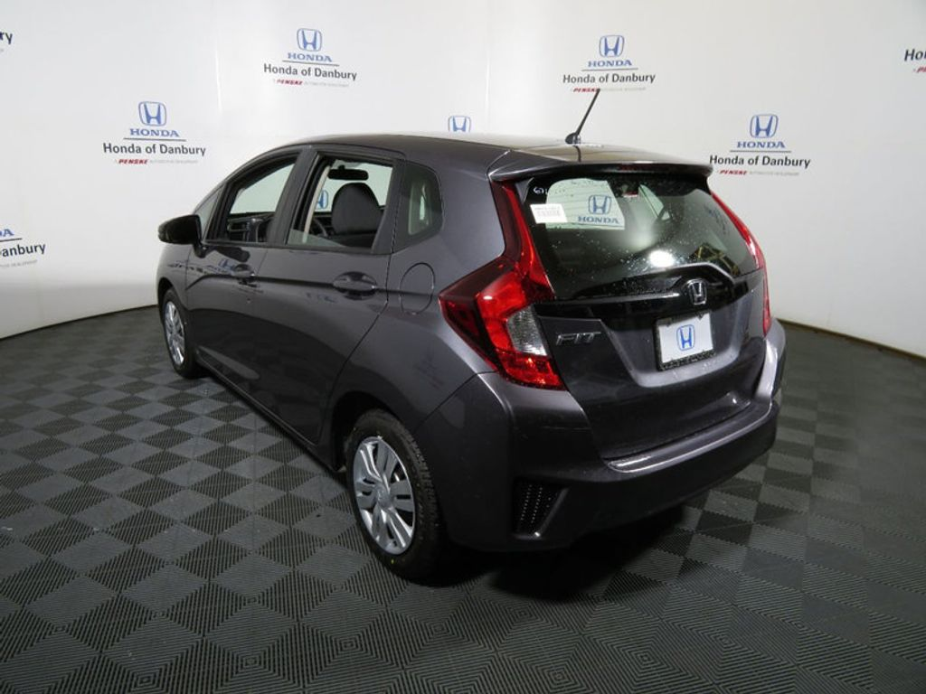 2017 Honda Fit LX Manual - 15852003 - 4
