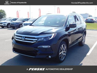 New 2017 Honda Pilot Touring AWD SUV