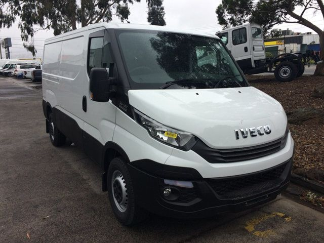 2017 Iveco DAILY  35S13A8V-9 Short wheel base - 17932694 - 0