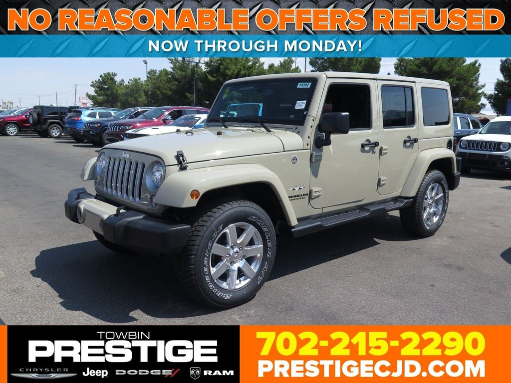 2017 Jeep Wrangler Unlimited Sahara 4x4 - 16731770 - 0