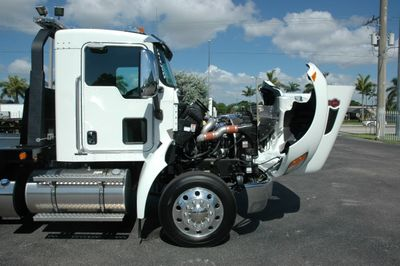 2017 Kenworth T270 .AIR BRAKE..AIR RIDE SUS.22SRR6T-W-LP JERRDAN ROLLBACK - Click to see full-size photo viewer