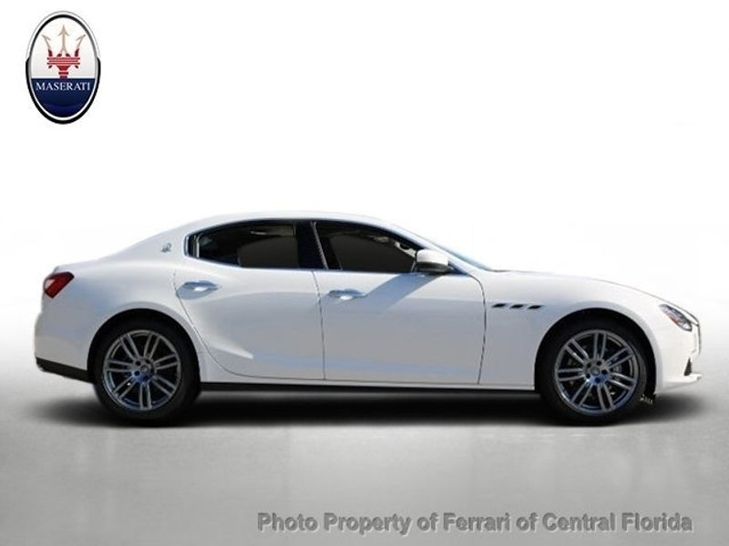 2017 Maserati Ghibli 3.0L - Click to see full-size photo viewer