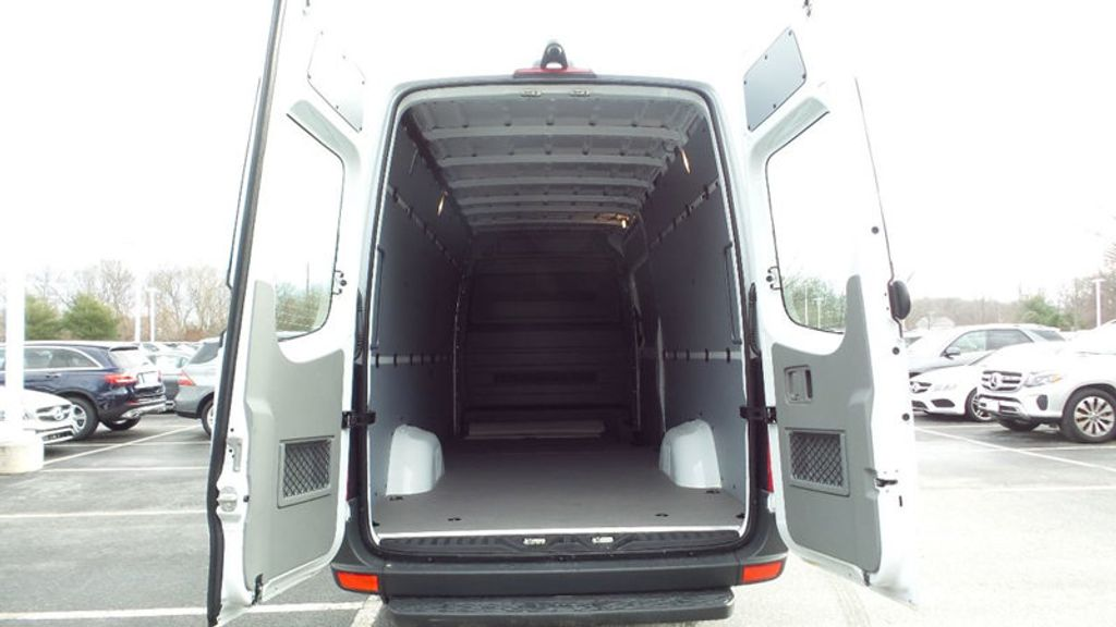 "2017 Mercedes-Benz Sprinter Cargo Van 2500 High Roof V6 170"" RWD - 17118508 - 17"