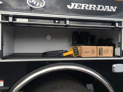 2017 Peterbilt 567 SLEEPER...JERRDAN 35TON  *JFB* POLLY WRECKER - Click to see full-size photo viewer