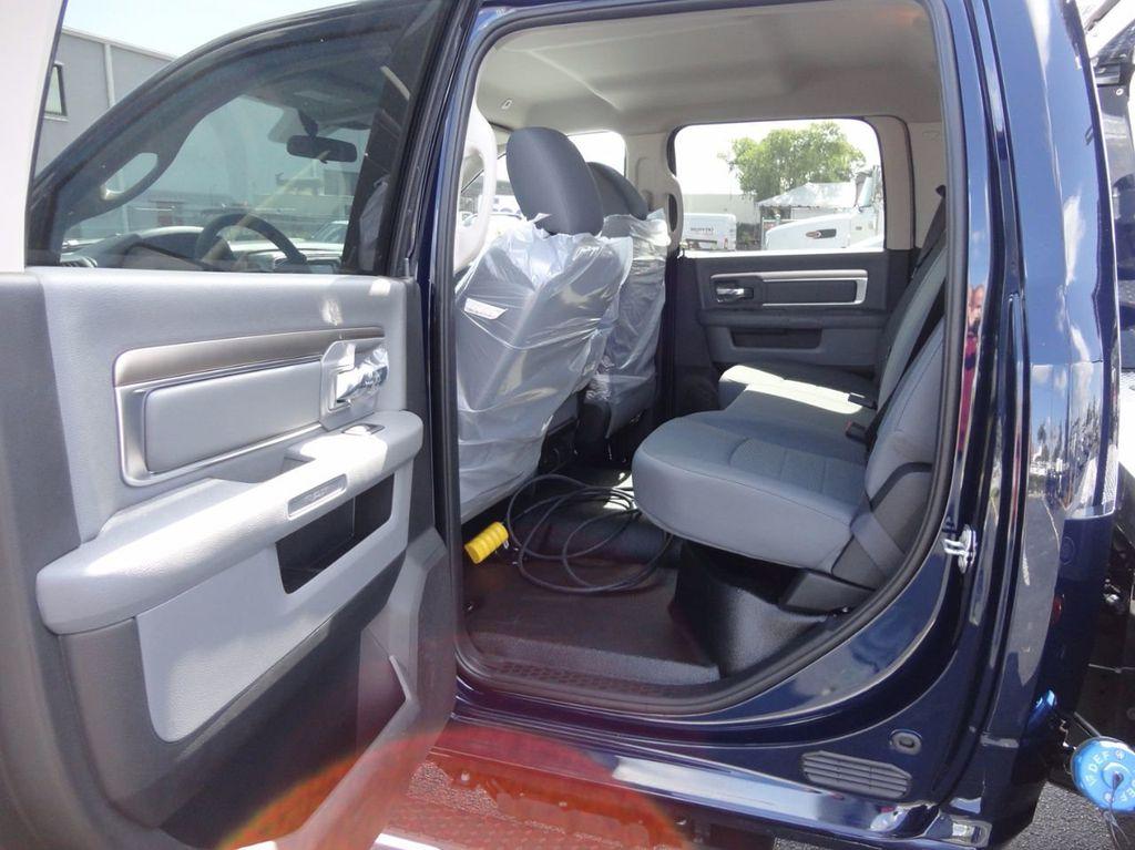 2017 Ram 5500 SLT..4x4..CREW CAB..JERRDAN MPL-NG AUTO LOADER WRECKER - 16460772 - 24