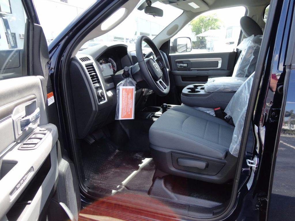 2017 Ram 5500 SLT..4x4..CREW CAB..JERRDAN MPL-NG AUTO LOADER WRECKER - 16460772 - 25