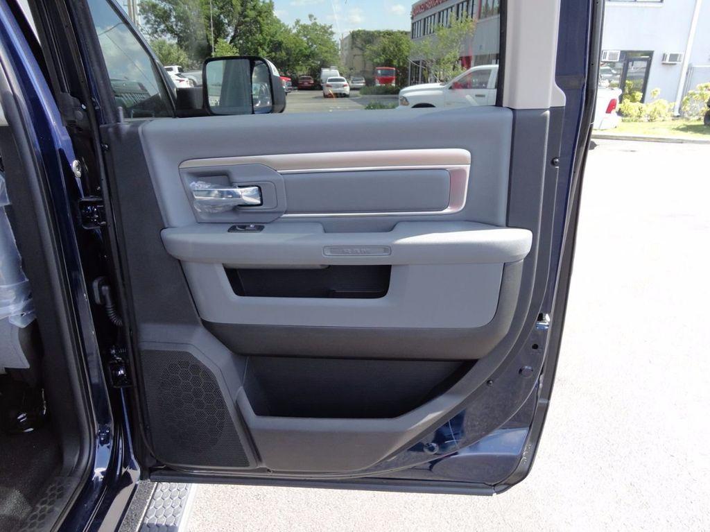 2017 Ram 5500 SLT..4x4..CREW CAB..JERRDAN MPL-NG AUTO LOADER WRECKER - 16460772 - 31