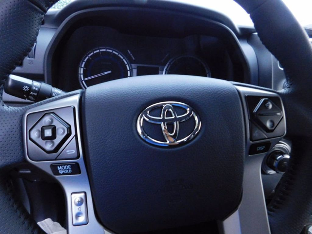 2017 Toyota 4Runner Limited 4WD - 16688635 - 15