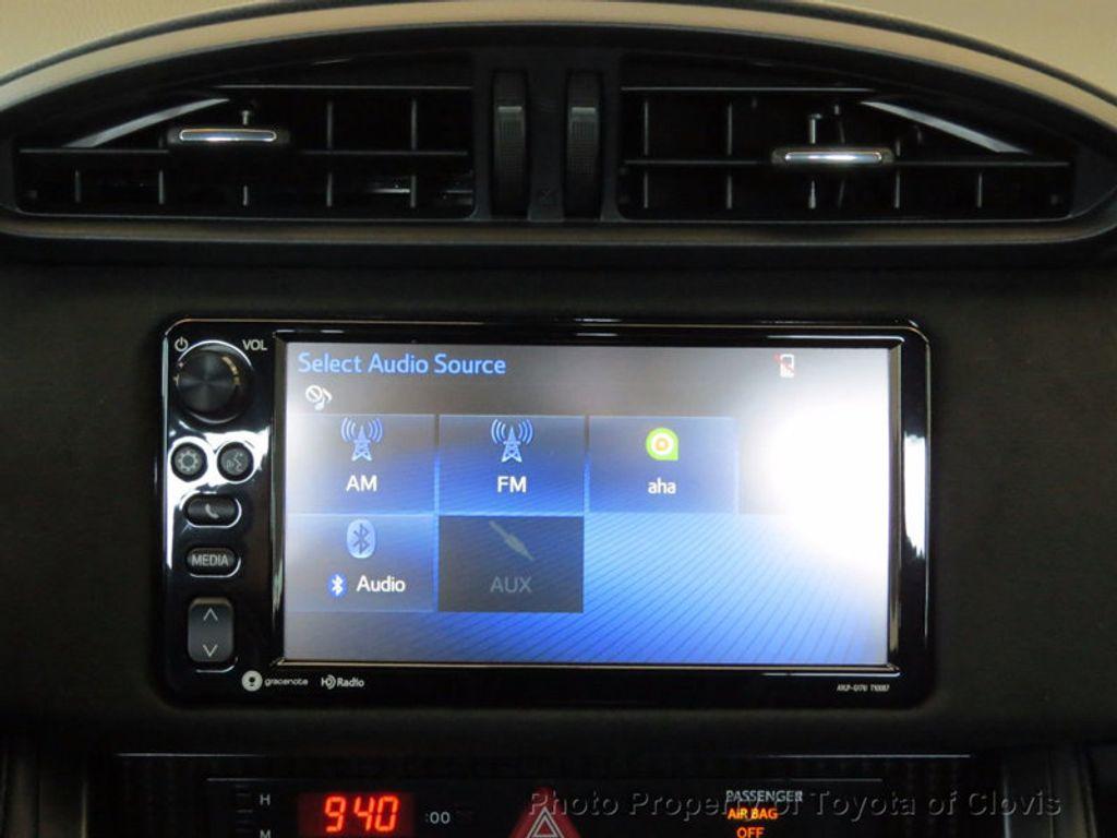 2017 Toyota 86 2DR CPE SE AUTO - 16488655 - 11