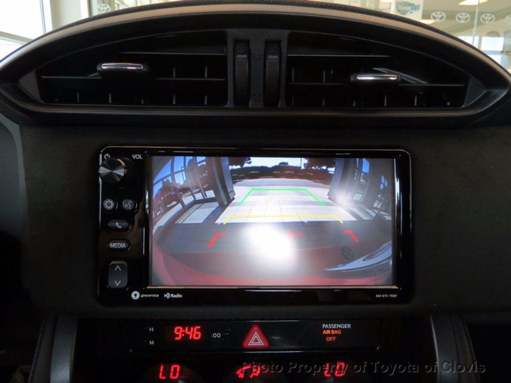 2017 Toyota 86 2DR CPE SE AUTO - 16488655 - 26