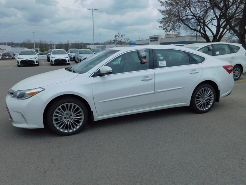 2017 Toyota Avalon Limited - 16209859 - 1