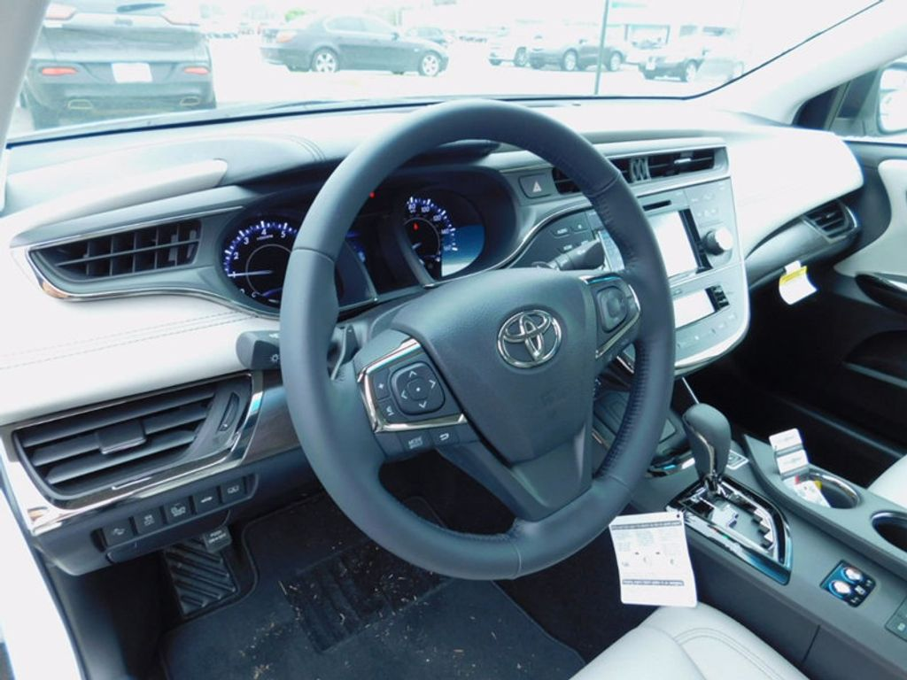 2017 Toyota Avalon Limited - 16214279 - 14