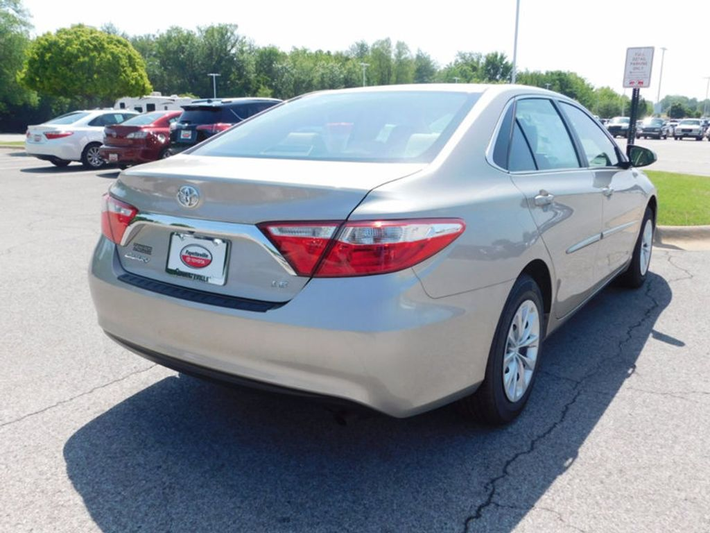 2017 Toyota Camry LE Automatic - 16269997 - 2
